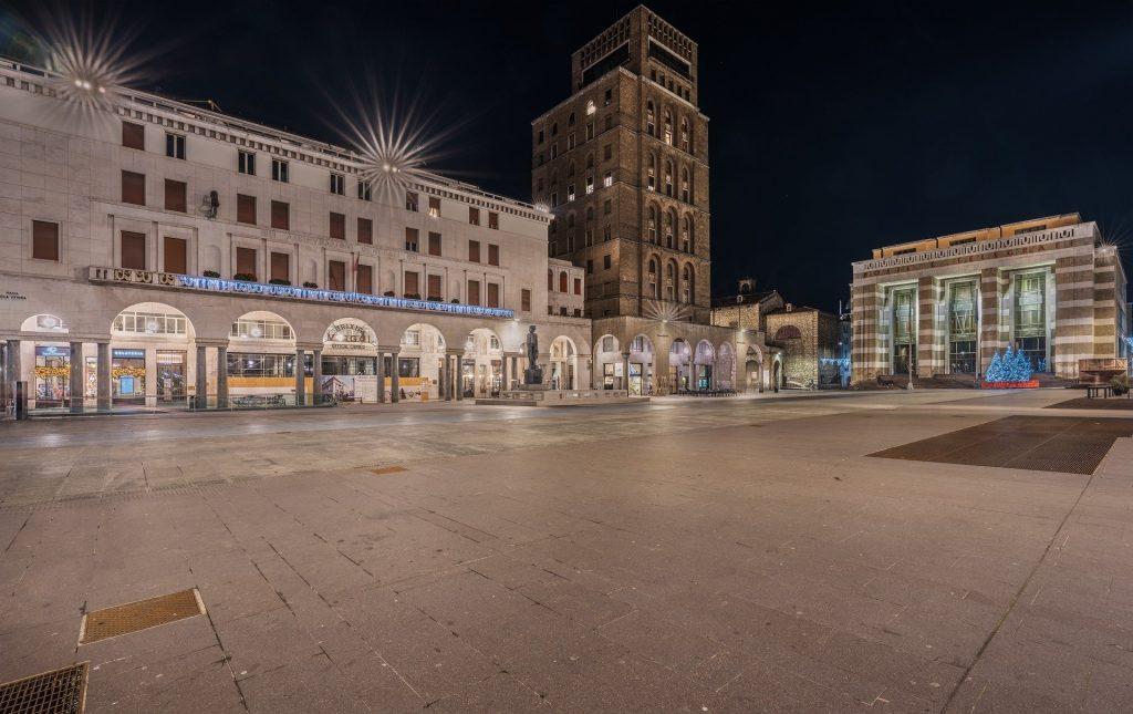 Brescia, Piazza Vittoria