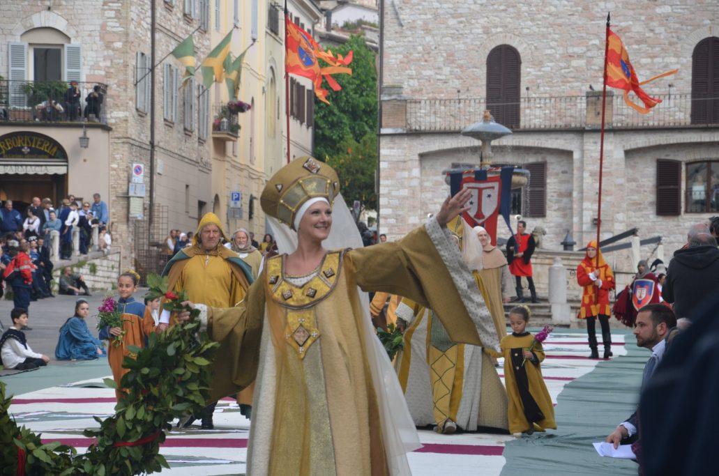 Calendimaggio – Assisi