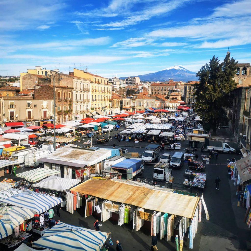 Fera 'O Luni Market