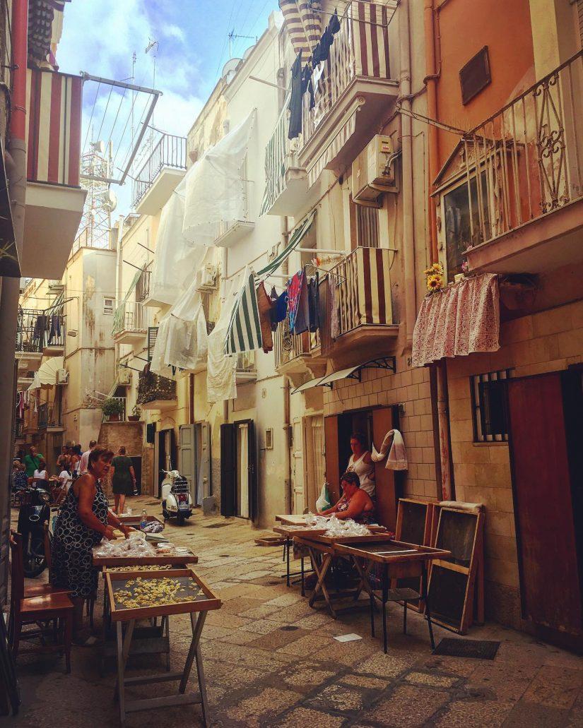 Arco Basso, Bari
