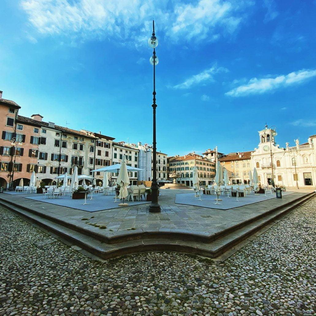 Piazza Giacomo Matteotti, Udine