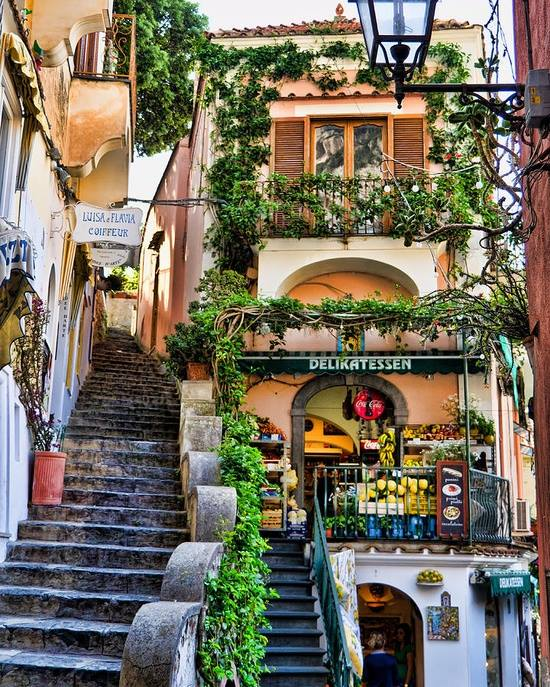 Shopping in Positano, Italy