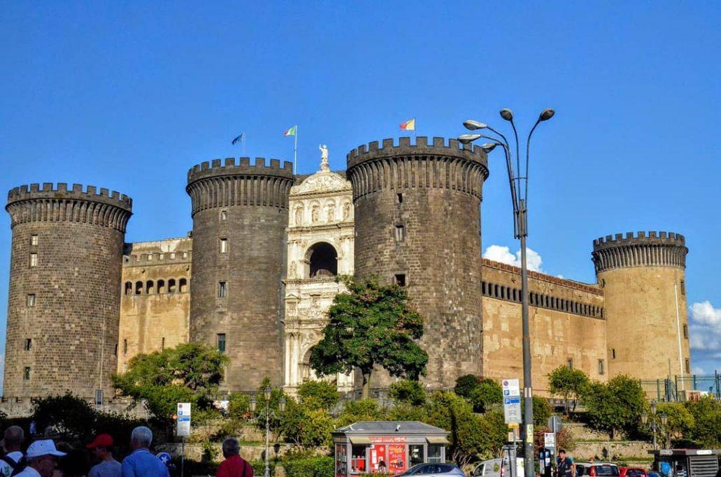 Castel Nuovo, Naples