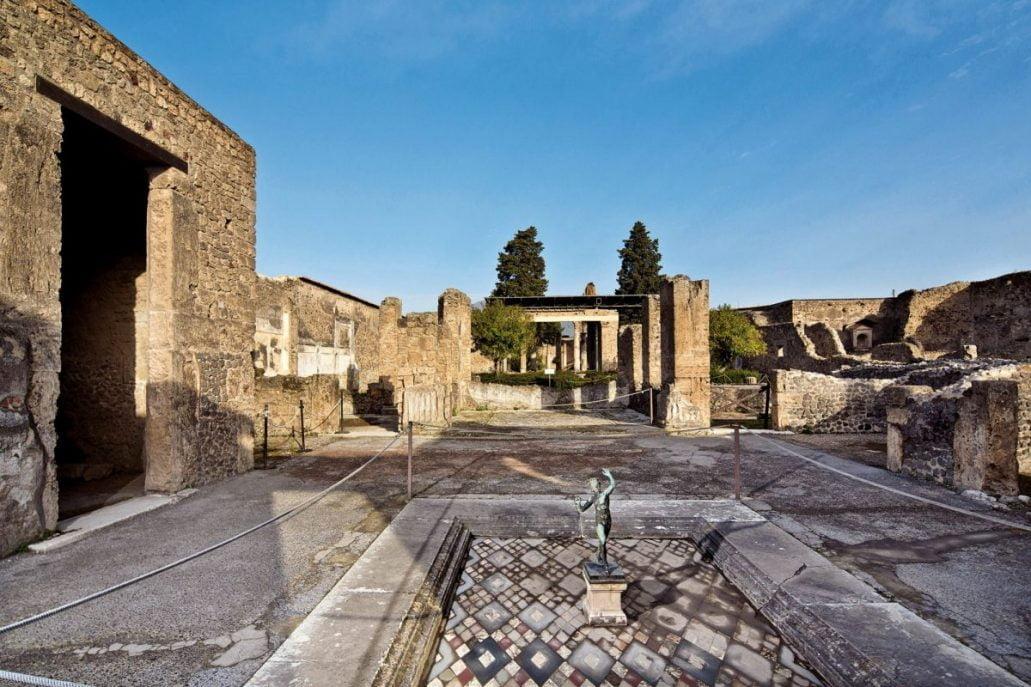La casa del Fauno, pompeii